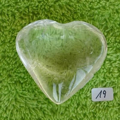 Bergkristall-Herz mit aktivierter Kristall-Licht-Energie Nr. 19